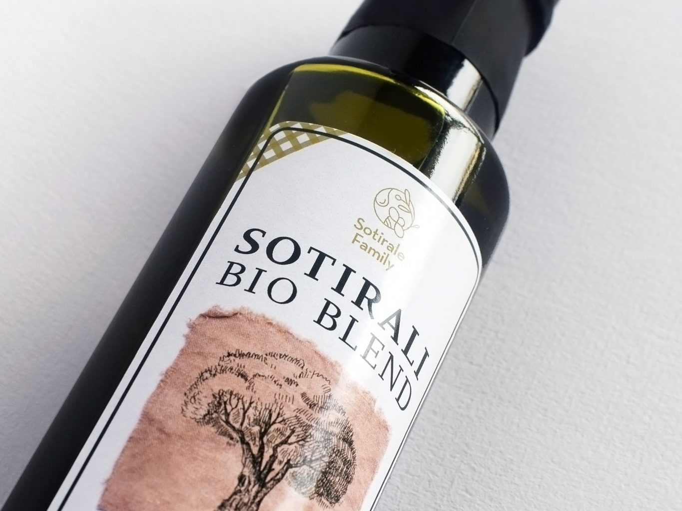 Sotirale Family extra virgin olive oil packaging